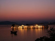 things to do in udaipur Udaipur is also termed as land of kings and is known as a very good romantic place in Rajasthan with beautiful lakes and places. Udaipur is very good place for taking a break from the hustle and bustle of this city. It is known for its ancient bazaars, tranquil lakes and monuments. It has tempting shops and food restaurants that one would just enjoy! Given below are few reasons to visit Udaipur
