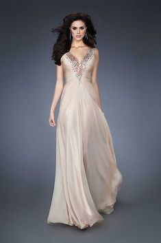 We Know you Love La Femme Dresses as Much as We Do! Find the Perfect La Femme Prom or Homecoming Dress of Your Dreams Today at Peaches Boutique Prom Dresses 2015, Chiffon Evening Dresses, Cheap Prom Dresses, Formal Dresses, Party Dresses, Reception Dresses, Chiffon Skirt, Occasion Dresses, Sexy Dresses