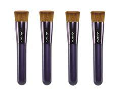 Se cerchi un effetto trucco omogeneo, prova il design di Perfect Foundation Brush per l'applicazione del fondotinta!