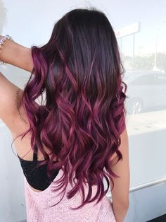 Are you looking for blonde balayage hair color For Fall and Summer? See our collection full of blonde balayage hair color For Fall and Summer and get inspired! Purple Burgundy Hair, Hair Color Purple, Hair Dye Colors, Cool Hair Color, Burgundy Balayage, Burgundy Color, Dark Purple, Brown Hair With Purple, Purple Tinted Hair