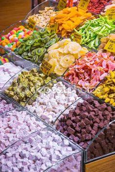 Grand Bazaar - İstanbul Türkiye ↞❁✦彡●⊱❊⊰✦❁ ڿڰۣ❁ ℓα-ℓα-ℓα вσηηє νιє ♡༺✿༻♡·✳︎· ❀‿ ❀ ·✳︎· FR Jul 2016 ✨вℓυє мσση✤ॐ ✧⚜✧ ❦♥⭐♢∘❃♦♡❊ нανє α ηι¢є ∂αу ❊ღ༺✿༻♡♥♫ ~*~ ♪ ♥✫❁✦⊱❊⊰●彡✦❁↠ ஜℓvஜ Turkish Sweets, Turkish Tea, Turkish Lamps, Turkish Delight, Grape Ice Cream, Grand Bazaar Istanbul, Turkey Vacation, Shrimp And Lobster, Istanbul Travel
