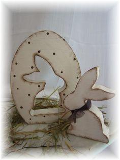 kleiner Hase mit Ei -Shabby Chic von schönes aus Holz - made by me auf DaWanda.com