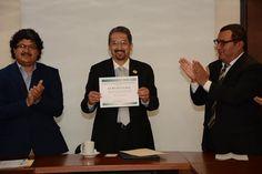 En agosto, con la acreditación del programa de Música, la Casa de Hidalgo sería la primera universidad pública con sus cuatro Licenciaturas en Arte acreditadas: CAESA – Morelia, Michoacán, 13 ...