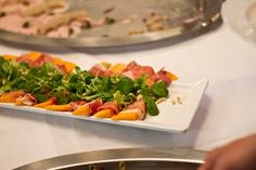 Kulinarische Reise durch das Feriendorf Kirchleitn - www.kirchleitn.com Plastic Cutting Board, Meat, Chicken, Kitchen, Food, Voyage, Cooking, Kitchens, Essen