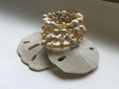 White beaded wrap bracelet, marbled white beads, memory wire, neutral round beads - pinned by pin4etsy.com
