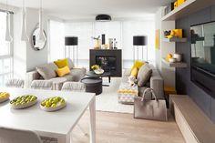 déco salon scandinave moderne en gris, blanc, noir et accents jaune canari