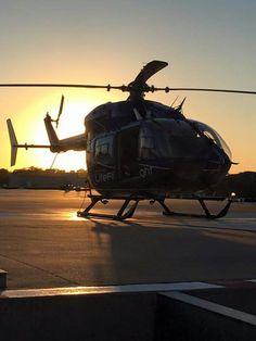 Flight Paramedic, Flight Nurse, Helicopter Rotor, Life Flight, Firefighter Emt, Emergency Medicine, Ambulance, Google Images, Aviation
