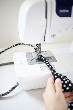 Haga su propia cuerda Rug-tan lindo!  (Haga clic a través de tutorial)