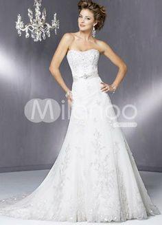Pretty dress - like the details