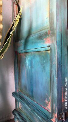 Vintage Furniture DIY Tutorial Ombre Step by Step Recorded Furniture Makeover Eco Furniture, Bedroom Furniture Makeover, Painted Bedroom Furniture, Distressed Furniture, Furniture Styles, Furniture Making, Vintage Furniture, Furniture Movers, Furniture Plans