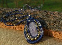 Agate Macrame Pendant / Macrame necklace / Lilac by Macramedamare