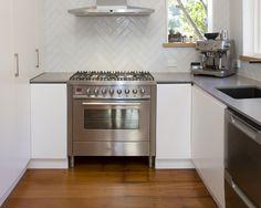 Kitchen Sally Steer Design Wellington NZ Design Kitchen, Kitchen Ideas, Kitchens, Kitchen Appliances, Kitchen Styling, Sally, Oven, Classic, Creative