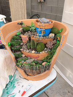 Make your very own fairy garden you'll have lots of fun and you get to get creative!❤️