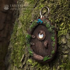fairy door pendant (on a tree) by JarviTiralin