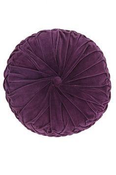 Urban Outfitters round pintuck pillow, Round pillows are so hard to find and sometimes a room has too many squared off angels in a room and a round pillow or oval frames of round table or rounded sofa or chair. Sewing Pillows, Diy Pillows, Decorative Pillows, Floor Pillows, Accent Pillows, Cheap Pillows, Pillow Ideas, Toss Pillows, Cushion Tutorial