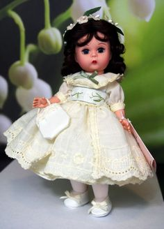"MADAME ALEXANDER ~Party Time Vintage~ #28910 8"" DoLL w/Box &Stand ~Creamy Ivory~ #DollswithClothingAccessories"