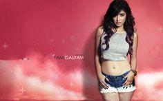 yami gautam Hot Images