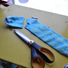 norwegian wrist warmer pattern free | ... Pretties: Do It Yourself: No Sew Arm Warmers A.K.A. Stop Mitten Gap