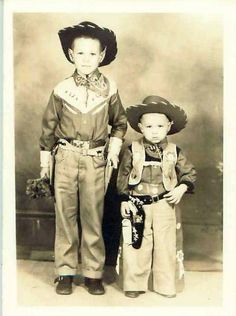 Do you remember going to the movies to see Gene Autry, Roy Rogers and Dale Evans, the Lone Ranger, Rex Allen and others? They were really big-time in s. Vintage Children Photos, Vintage Pictures, Vintage Images, Little Cowboy, Cowboy And Cowgirl, Into The West, Photo Vintage, The Lone Ranger, Cowboys And Indians