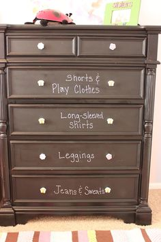 Achieving Creative Order: Organizing my Kids' Dressers Kids Clothes Organization, Playroom Organization, Organizing Drawers, Organizing Ideas, Girl Dresser, Small Dresser, Clothes Drawer, Kids Dressers, Toy Rooms