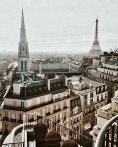 A holiday to Paris is long over due! Paris France, Oh Paris, Oh The Places You'll Go, Places To Travel, Places To Visit, Travel Destinations, Tour Eiffel, Adventure Awaits, Adventure Travel