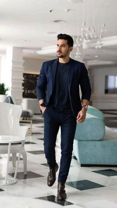 Mens Casual Dress Outfits, Blazers For Men Casual, Dress Suits For Men, Smart Casual Menswear, Formal Men Outfit, Stylish Mens Outfits, Mens Fashion Summer Outfits, Men's Outfits, Men's Business Outfits