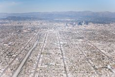 the sprawl that is los angeles, love it or hate it...