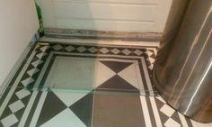 Personalized Doormat.  Heb je een vloer in een mooi patroon laten leggen, gaat er een zwarte mat overheen... Oplossing: maak een foto van de vloer en laat m drukken op een deurmat. Via http://www.yoursurprise.nl/woondecoratie/deurmat-bedrukken-met-tekst-en-foto?artikelcode=132001