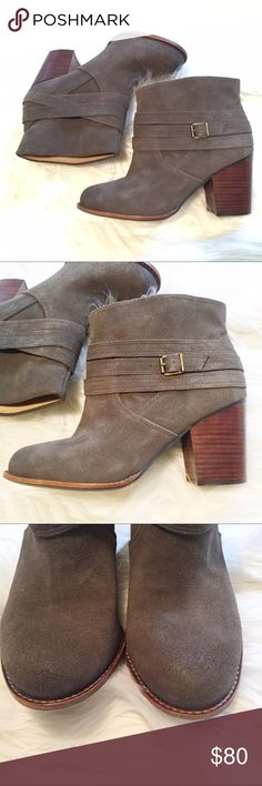 """Splendid Laventa Smoke Grey belt wrap bootie 8.5 Suede upper with light factory distressing, pull-on style, round toe with stacked 3"""" heel. These were maybe worn once? They're like new. Size 8.5. Splendid Shoes Ankle Boots & Booties"""