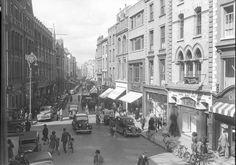 Grafton Street: This photo was taken circa 1947 in Dublin (Ireland) Old Pictures, Old Photos, Vintage Photos, Vintage Cars, Grafton Street, Images Of Ireland, Ireland Pictures, Ireland Homes, Dublin City