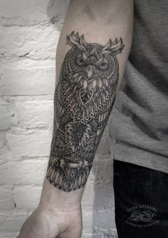 Татуировки Сова на палке в стиле Дотворк Предплечье