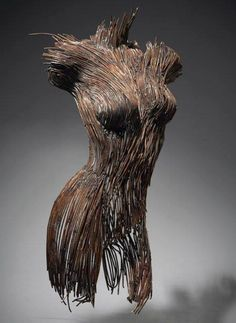 LE SCULTURE CONSUMATE DI PENNY HARDYMe, Too! Today