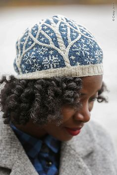 Ravelry: Norrland pattern by Sara Burch...oohh, I LOVE this!