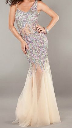 NEW 953 Dress Gown size 6 prom dress multi colored evening dress in size 6