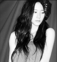 Krystal Jung, Sulli, Ice Princess, Ice Queen, Most Beautiful Women, Actors & Actresses, Asian Girl, Victoria, Long Hair Styles