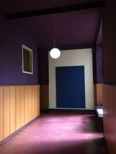 beautiful ways to incorporate Pantone 2018 decor Ultra Violet ininteriors - Color of the year 2018    #pantone2018 #decor #interiortrends #ultraviolet #coloroftheyear #violetdecor