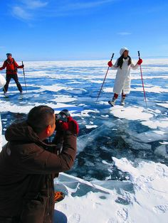 Maybe you already know that people move around on the ice by car. When JuriS Travel goes to Baikal, we experience the ice by skates and kicksleighs. Lake Baikal, Kinds Of Dance, Sports Humor, Skates, Ice Skating, Life Goals, Picture Video, Skiing, To Go