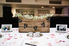 Card Crate Chic Hollywood Glamour Wedding http://www.kategrayphotography.com/