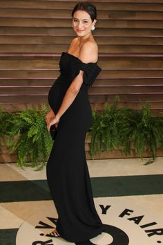 Emma Heming at the 2014 Vanity Fair Oscar Party held during the 2014 Oscars on Sunday night (March in West Hollywood, Calif. Emma is carrying an Edie Parker clutch. Maternity Gowns Formal, Maternity Fashion Dresses, Stylish Maternity, Maternity Wear, Pregnant Formal Dress, Emma Heming, Celebrity Maternity Style, Celebrity Outfits, Pregnancy Looks