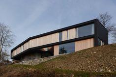 Private house in Hamois (Belgium) by LRARCHITECTES  #VMZINC #PrivateHouse #Wood #Architecture #AnthraZinc #Façade #Project #Zinc #Belgium