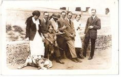 ROTTINGDEAN - FAMILY ON THE FRONT - GREAT DANE  DOG 1914 PHOTO POSTCARD