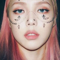 Korean Makeup - List of the most beautiful makeup Korean Makeup Look, Korean Makeup Tips, Korean Makeup Tutorials, Asian Makeup, Pony Makeup, Makeup Art, Makeup Eyeshadow, Makeup Style, Eyebrow Makeup