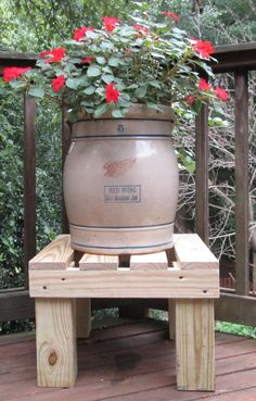 Best Garden Decorations Tips and Tricks You Need to Know - Modern Rain Barrel Stand, Rain Barrels, Wood Planters, Planter Pots, Lawn Mower Battery, Lawn Mower Maintenance, Water Barrel, Wooden Plant Stands, Weed Killer