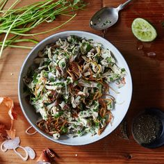 Burmese Chicken Salad + a lot of other recipes that call for a rotisserie chicken. Asian Recipes, Healthy Recipes, Ethnic Recipes, Burmese Food, Burmese Recipes, Onigirazu, Curry Dishes, Rotisserie Chicken, Roast Chicken