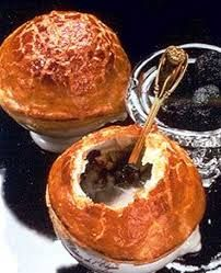 """""""soupe de truffes paul bocuse"""" Black Truffle, Cooked Sushi Recipes, Gourmet Recipes, Healthy Recipes, Easy Puff Pastry Recipe, Gourmet Food Plating, Paul Bocuse, Chef Dishes, Truffles"""