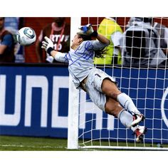 Hope Solo Signed Making Save 16x20 Photo w/ '2015 WS Champs' Insc.