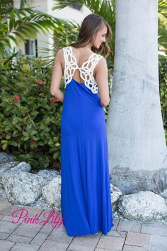 You will go crazy over this maxi and i'm sure you can see why! Royal blue, sleeveless dress with ivory detailing on the back, and made of the softest material!