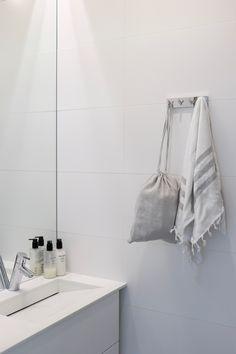 Homevialaura, Kuistin kautta, kylpyhuone