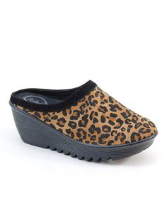 Love this Tan Leopard Platform Clog on zulily!  [love a clog...this one adorbs...jh] CLOG UPDATE: Just bought these on zulilly - they are on sale for $20!! oh darn....guess i'll have to find a purse to match. jh
