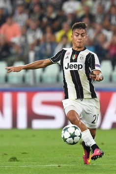 Paulo Dybala of Juventus FC in action during the UEFA Champions League Group H…